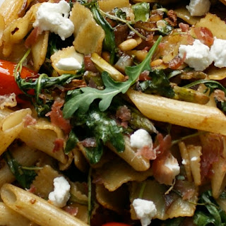 The Deliciousness of Skillet Pasta