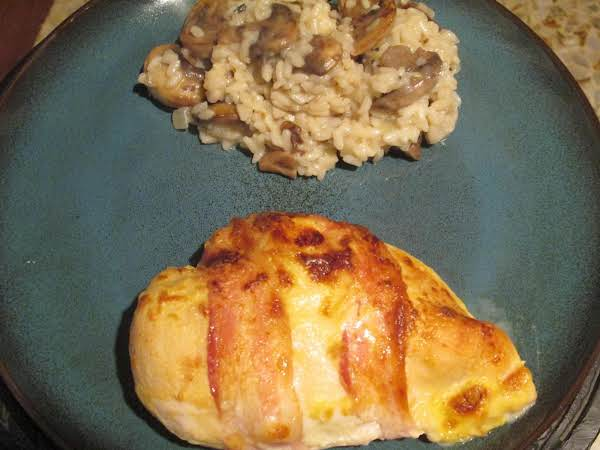 Bacon-wrapped Chicken With Sour Cream Sauce Recipe