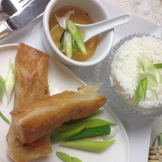 How to make Vegetable Lumpia for #SundaySupper.