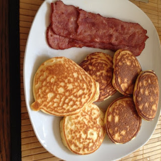 Low Carb Fluffy Pancakes