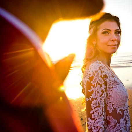 Fotograful de nuntă Victor Leontescu (victorleontescu). Fotografie la: 26.02.2018