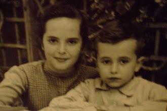 Photo: Kennen Sie den kleinen Buben? Es ist der Tenor José Carreras mit seiner Mutter