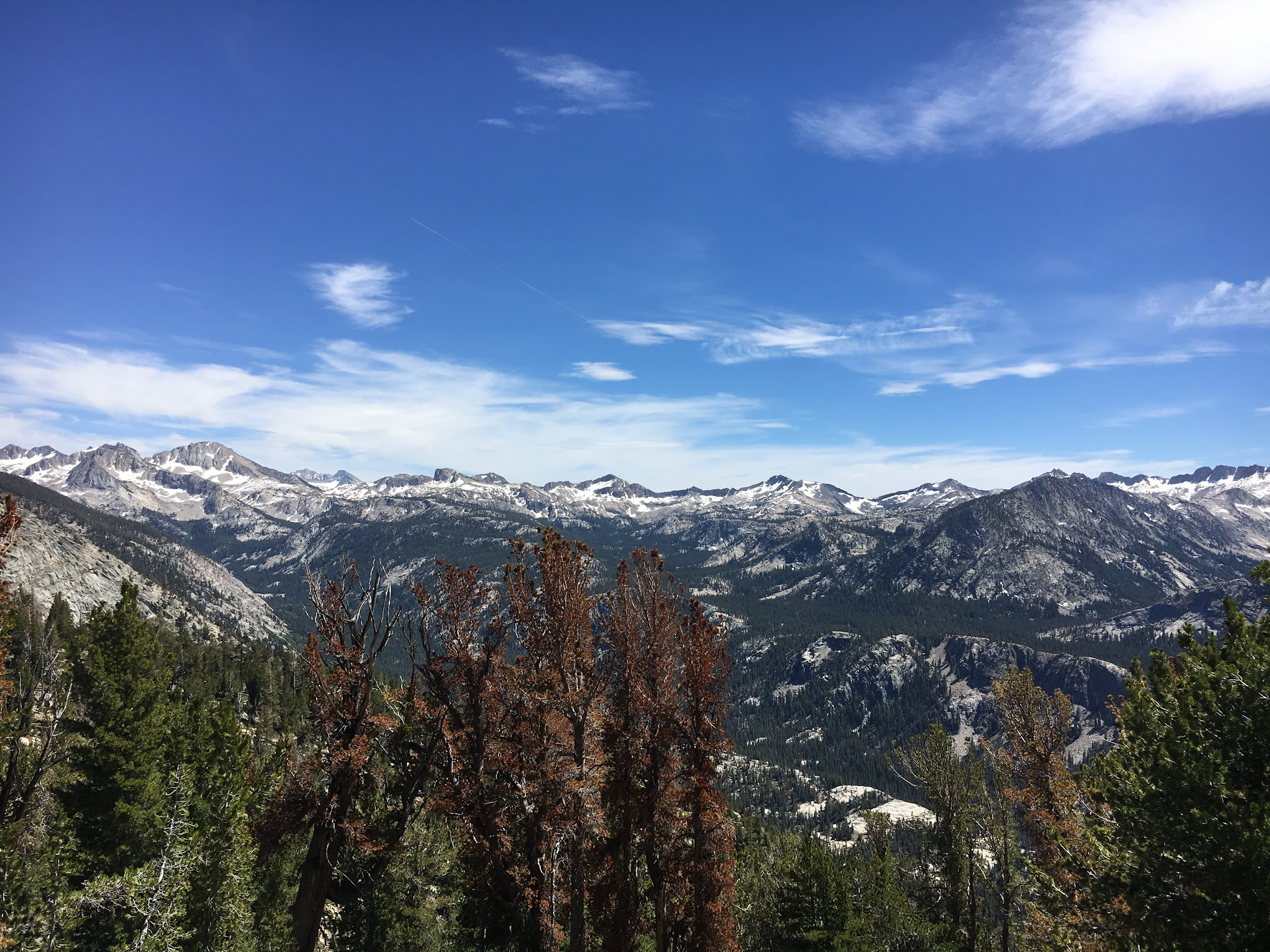 View south to the Silver Divide from the JMT near Purple Lake