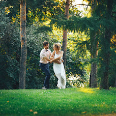 Wedding photographer Evgeniy Oparin (EvgeniyOparin). Photo of 01.10.2017