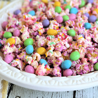 Pastel Chocolate Easter Popcorn with M&Ms and Sprinkles