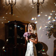 Wedding photographer Alina Ovsienko (Ovsienko). Photo of 18.12.2017