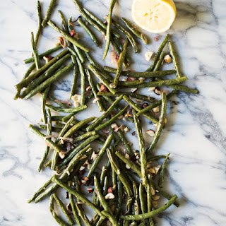 Roasted Green Beans with Hazelnuts