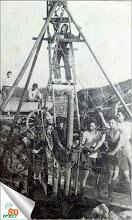 Photo: חופרים את הבאר הראשונה 1930-31