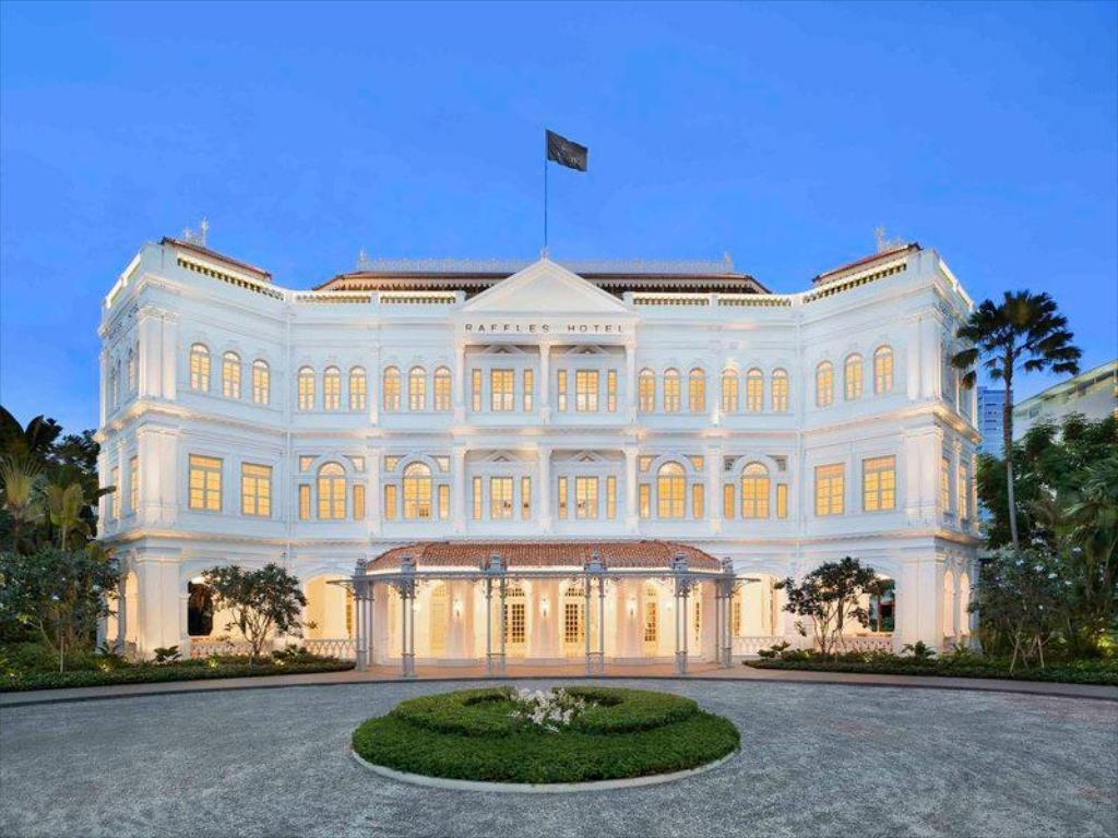 Image result for Raffles Hotel singapore images