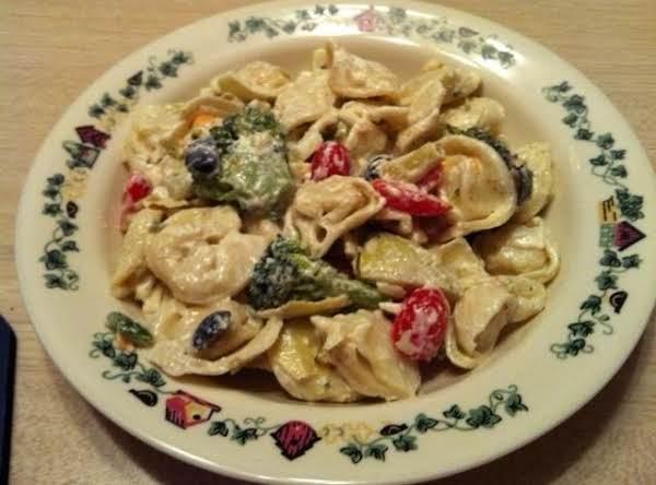 Cassie's Tortellini Salad