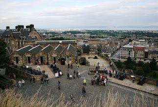 Photo: Edinburgin linnan alueen näkymiä