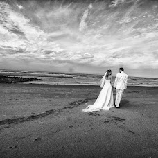 Wedding photographer Dirk Kuijt (madebydirk). Photo of 03.06.2015