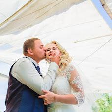 Wedding photographer Olga Volkovec (OlyaV). Photo of 10.10.2016