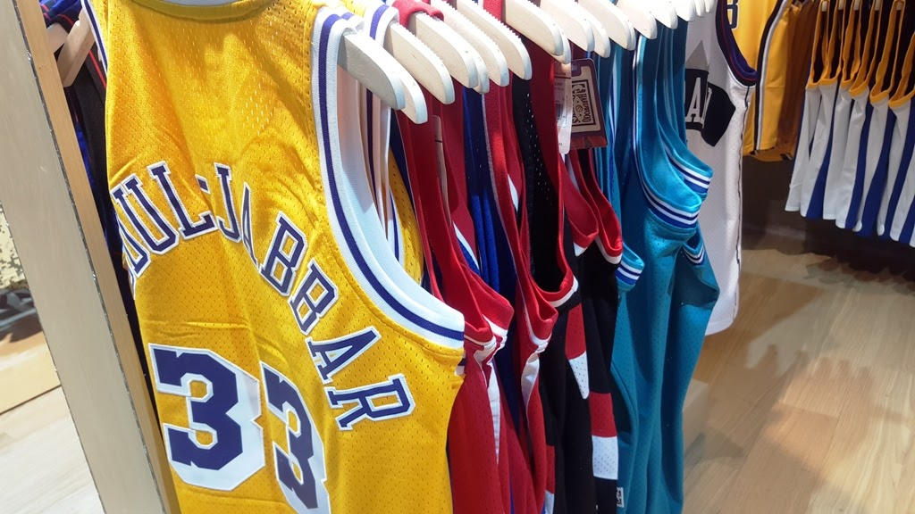 NBA STORE TEAM JERSEYS