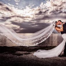 Wedding photographer Vasilis Tsesmetzis (tsesmetzis). Photo of 24.11.2014