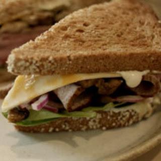 Bistro Beef & Jack Sandwich (Colby Jack & Beef Sandwich).