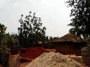 Photo: un autre chantier près du puits
