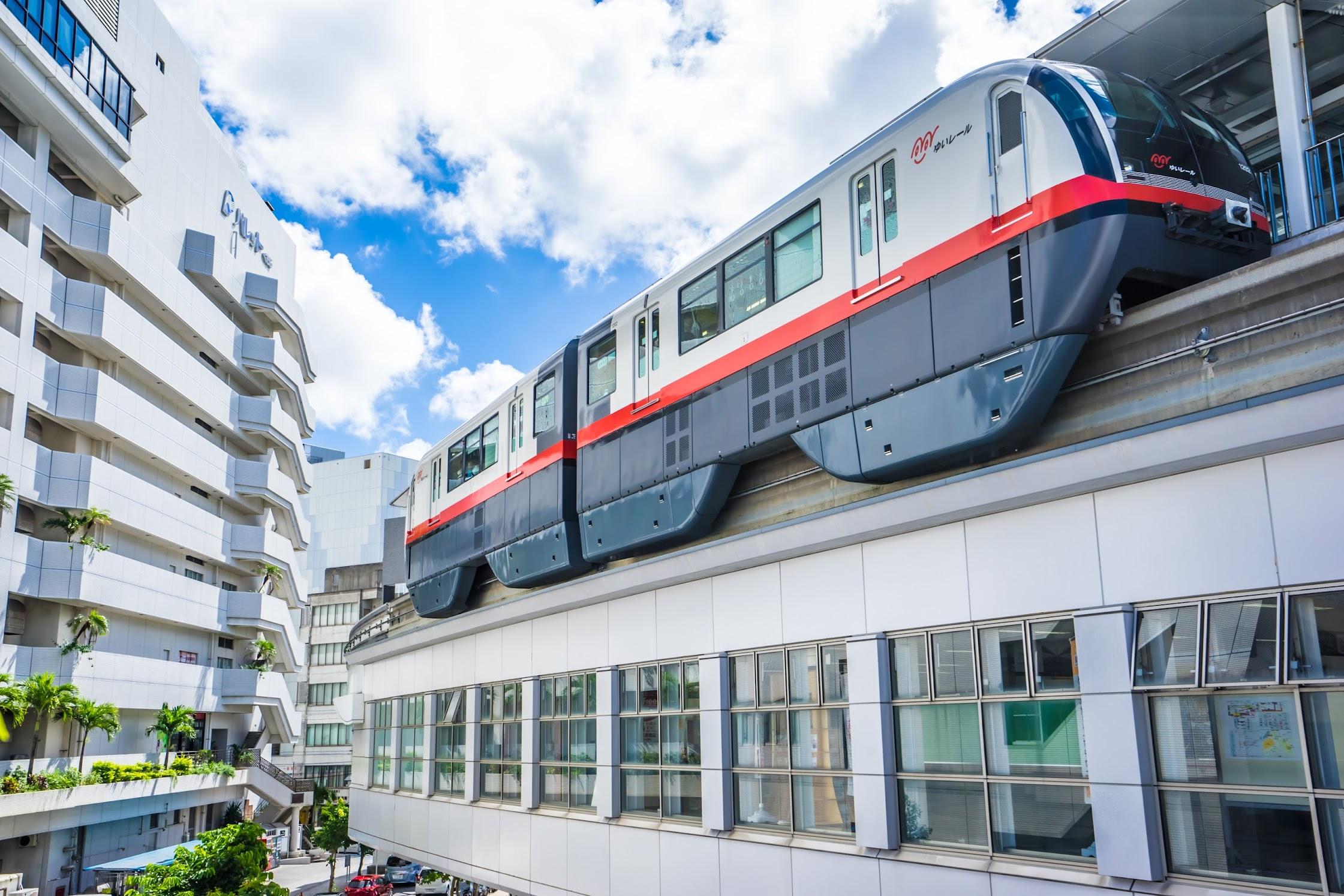 Naha Monorail1