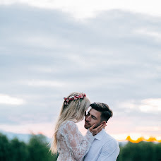 Wedding photographer Mariya Grinchuk (mariagrinchuk). Photo of 10.08.2017