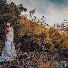 Wedding photographer Stauros Karagkiavouris (stauroskaragkia). Photo of 03.04.2018