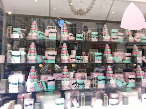 Photo: Another, far less crowded, Laduree store