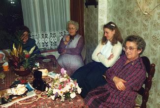 Photo: Jannie de Heer, Atie Romeijn en Adrie vd Herik