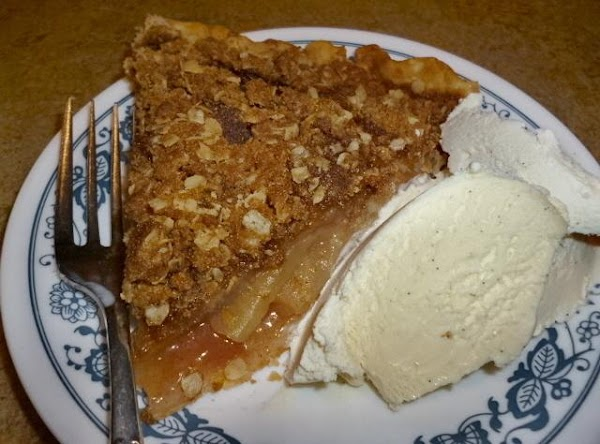 Leila's Apple Crisp Pie Recipe