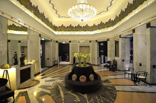 Luxury Hotels Wallpapers