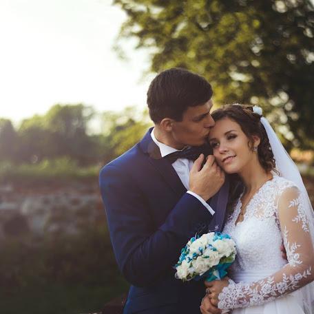 Wedding photographer Elina Kabakova (artvisionlv). Photo of 12.02.2018