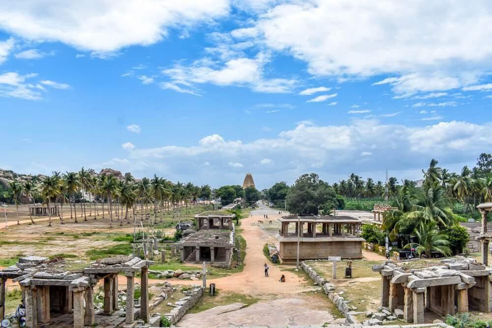 aerial+view+virupaksha+temple+photos+of+hampi+ruins+vijayanagar+empire+karnataka