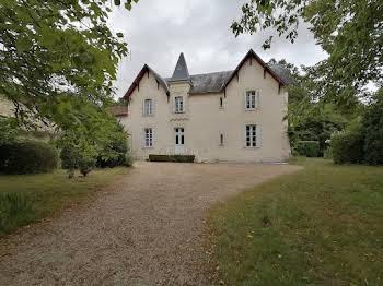 Maison 16 pièces 415 m2