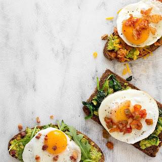 Avocado Toast with Egg, Arugula & Bacon