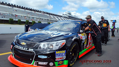 Photo: Turns out this was Tony Stewart's last race of 2013.  The very next night (Monday) Tony got in a racing accident where he broke his right leg and will be out until the the Daytona 500 in February 2014. http://www.youtube.com/watch?v=mn70edurI9A