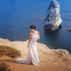 Wedding photographer Tatyana Tatarin (OZZZI). Photo of 13.09.2016
