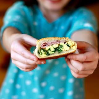 Make-Ahead Breakfast Pockets with Egg, Cheese & Ham.