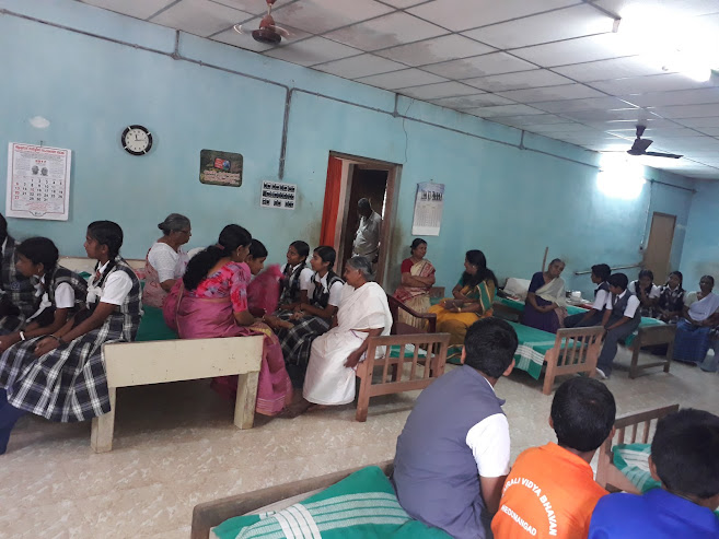 Kairali CBSE School Nedumanagdu Students visits our Old Age Home - 23 August 2017