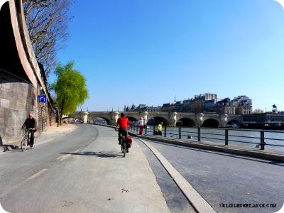 guide balades à vélo à Paris et en Ile de France par veloiledefrance.com - cyclotourisme Paris Ile de France