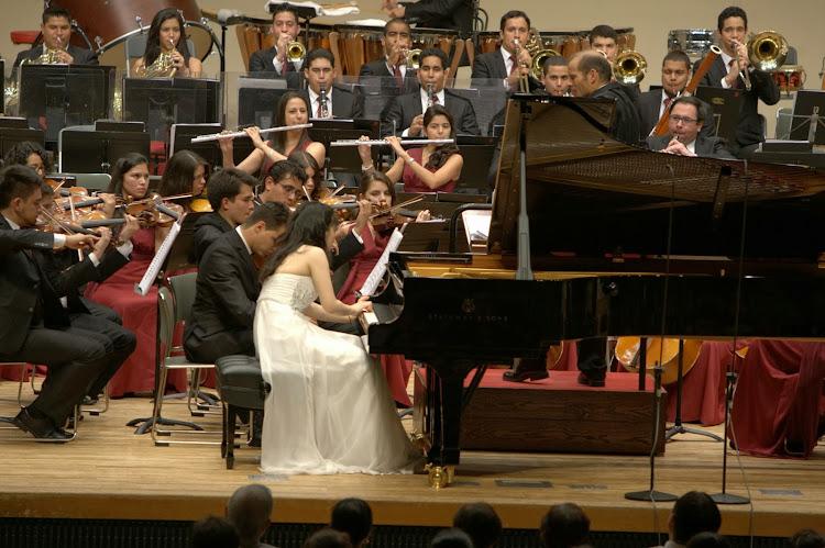 La interpretación de la pianista Mami Hagiwara impresionó al público y a los mismos músicos que la acompañaron en la velada