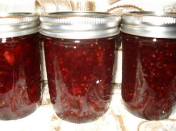 Simple Traditional Strawberry Jam