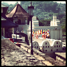 Photo: Temple of the Sacred Tooth in Kandy