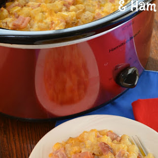 Crock-Pot Cheesy Hash Brown & Ham Casserole
