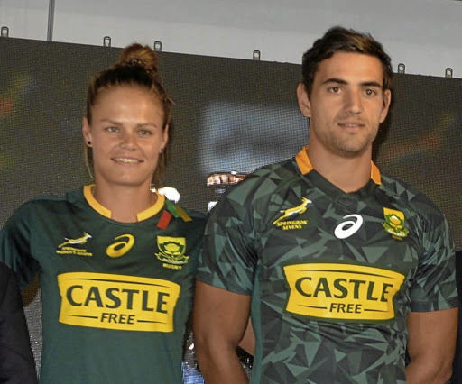 A perfect fit: Marithy Pienaar, left and Chris Dry pose in the new Bok Sevens kit. Picture: LEFTY SHIVAMBU/GALLO IMAGES