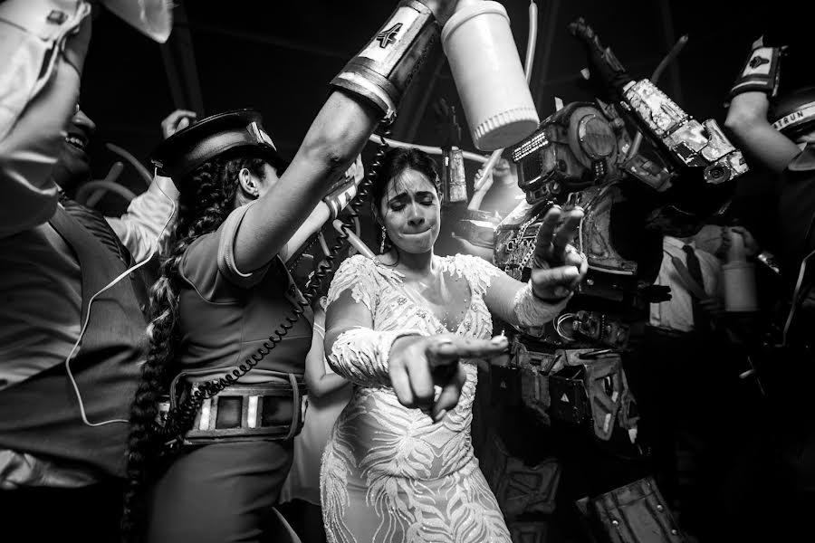 Wedding photographer Leonel Longa (leonellonga). Photo of 11.11.2019