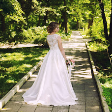 Wedding photographer Elena Dmitrova (LenaLena). Photo of 05.06.2018
