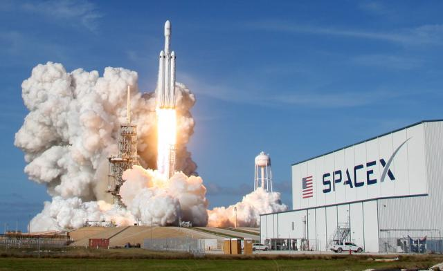 A SpaceX Falcon Heavy rocket lifts off from historic launch pad 39 in Cape Canaveral. REUTERS