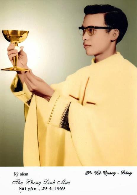 giao xu phu trung, nha tho ban dau, giáo xứ phú trung,cha Phaxicô Assidi Lê Quang Đăng