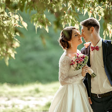 Wedding photographer Elena Lipatnikova (Smolic). Photo of 19.08.2016