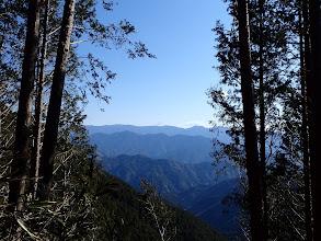 斜面の切り開きから富士山方面