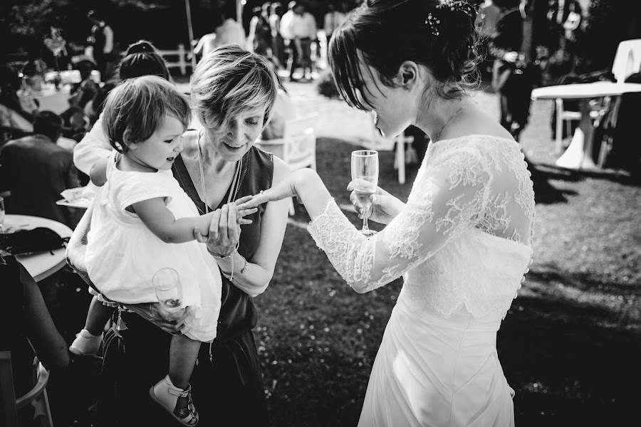 Wedding photographer Julien Laurent-Georges (photocamex). Photo of 29.08.2019