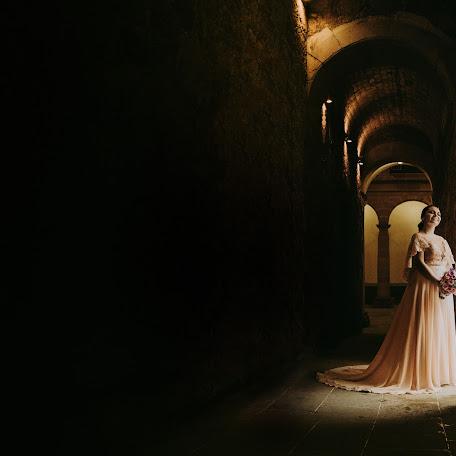 婚姻写真家 Alejandro Benita (emotionsfactory). 24.10.2017 の写真